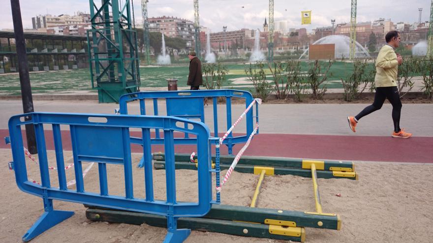Instalaciones deterioradas del Parque de Santander en Madrid.