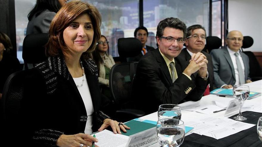 El Consejo de Estupefacientes de Colombia aprueba suspender uso de glifosato