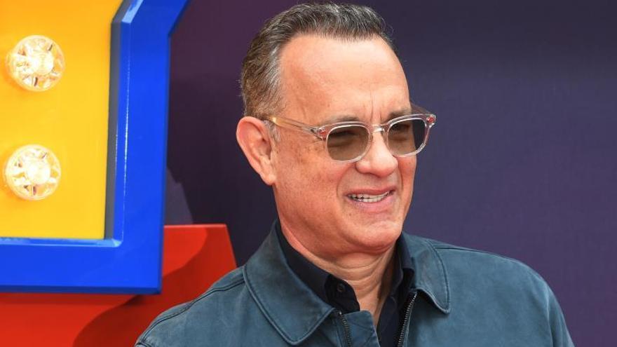 """Tom Hanks,  eternamente """"desafiado"""" tras meterse en la piel de Mister Rogers"""