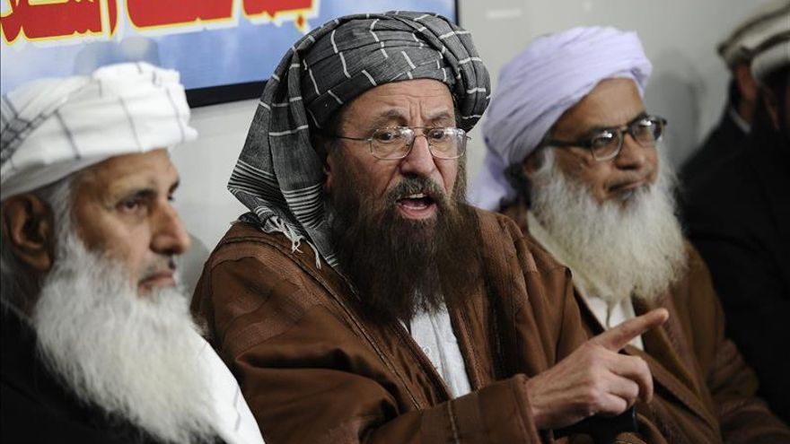 El líder de los talibanes paquistaníes escapa de un bombardeo en Afganistán