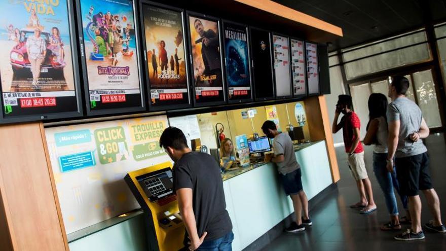 Productores presentan a Guirao una nueva propuesta para financiar el cine
