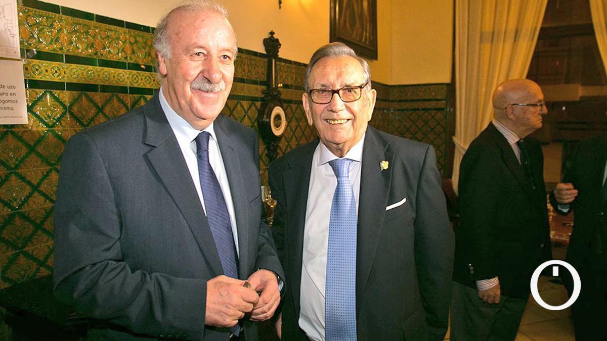 Rafael Campanero, con Del Bosque en un acto de homenaje