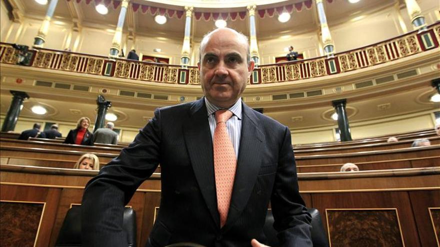 De Guindos dice que el Gobierno ha logrado de Europa el mejor trato para las preferentes