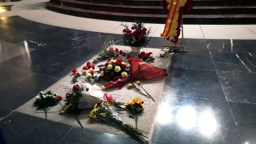 El Gobierno trató de negociar la exhumación con los Franco hasta esta semana
