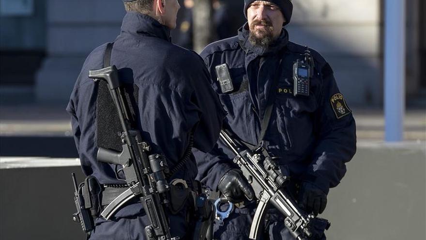 La Fiscalía sueca acusa a dos individuos de cometer actos terroristas en Siria