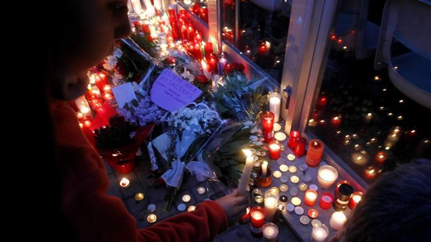 El menor que mató al profesor en Barcelona seguirá un programa de reeducación