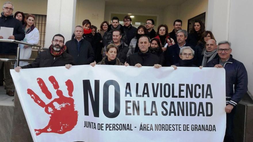 Profesionales sanitarios de Granada contra las agresiones