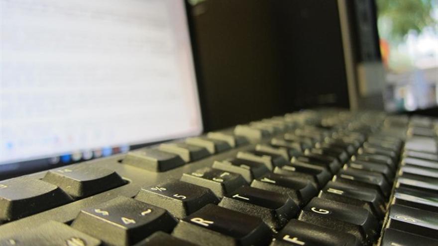 Los informáticos del SESCAM apuestan por una ley que les haga fijos sin oposición