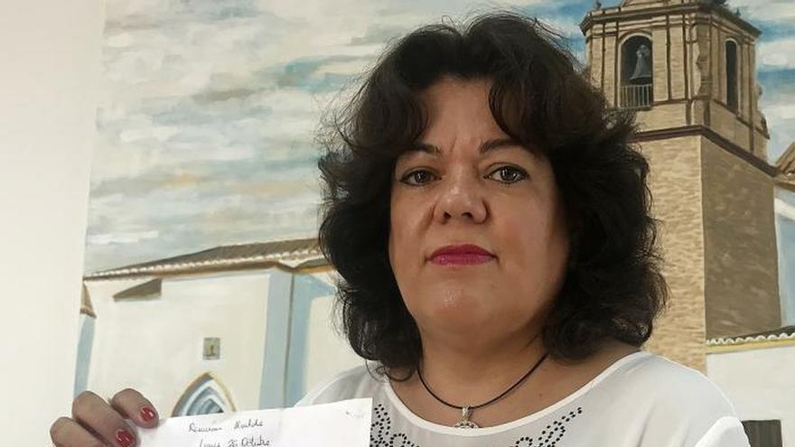 Huévar vive con pena y bochorno la presunta compra de votos, según su alcaldesa