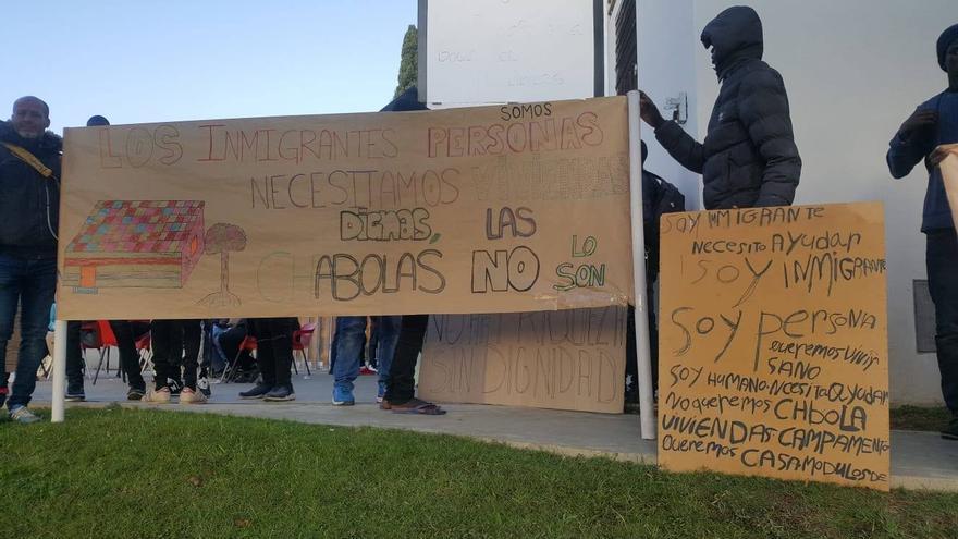Manifestación de temporeros migrantes en Lepe (Huelva) / ARCHIVO APDHA