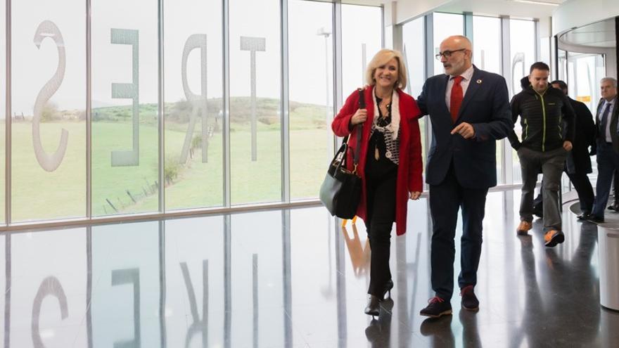 Cantabria y CyL inician contactos para atender en el hospital Tres Mares a 14.000 vecinos del norte de Palencia y Burgos