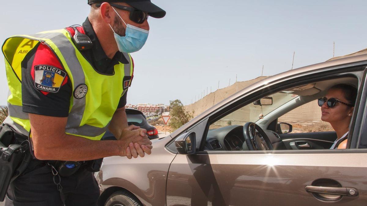 Controles del uso de mascarillas en Gran Canaria