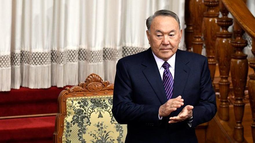 Nazarbáyev inaugura la última cumbre de la OCS integrada por seis países