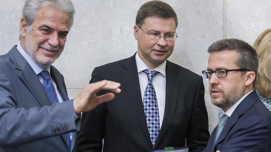 Un nuevo programa de la UE dará 348 millones euros a 1 millón de refugiados en Turquía