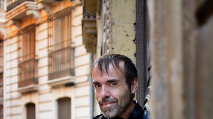 """Javier Lacomba Tamarit, escritor: """"Escribir una ucronía exige mucha coherencia e investigación histórica"""""""