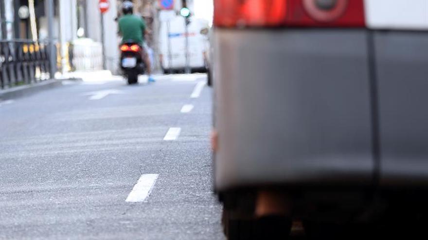 Los vehículos, a 30 kilómetros hora en centro de Valladolid por contaminación