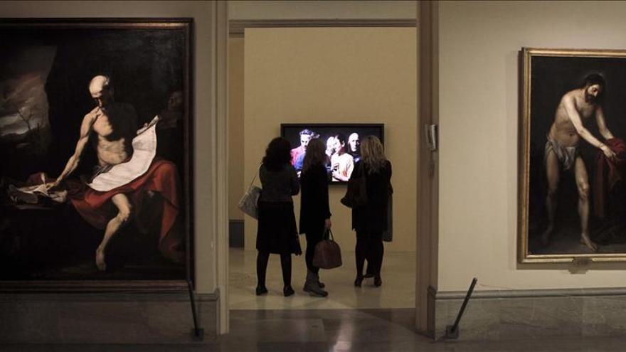 La emoción une las videoinstalaciones de Bill Viola con los clásicos
