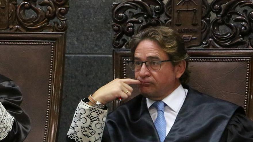 Salvador Alba, durante un juicio en el Tribunal Superior de Justicia de Canarias
