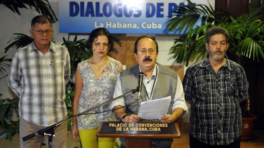 Las FARC proponen estimular los usos lícitos de los cultivos de coca con control estatal