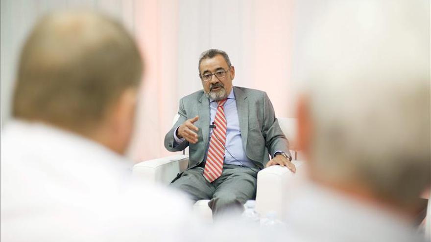 Un vicepresidente de la CEOE insta a un gran pacto económico, político y social