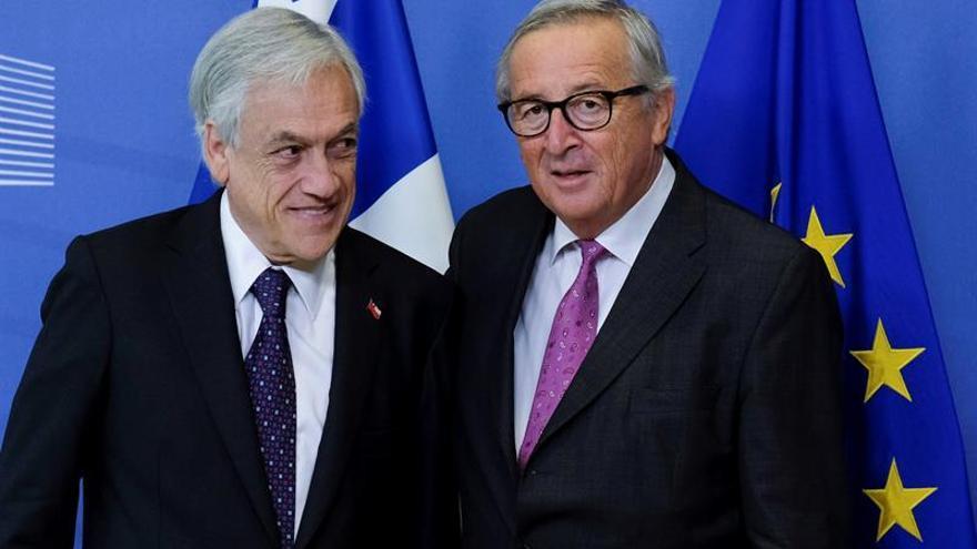 Juncker asegura que el primer ministro húngaro ya no encaja en el PPE