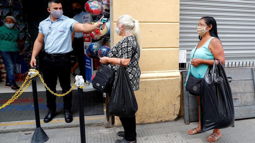 Más de medio millón de empresas brasileñas cerraron hasta junio por la pandemia