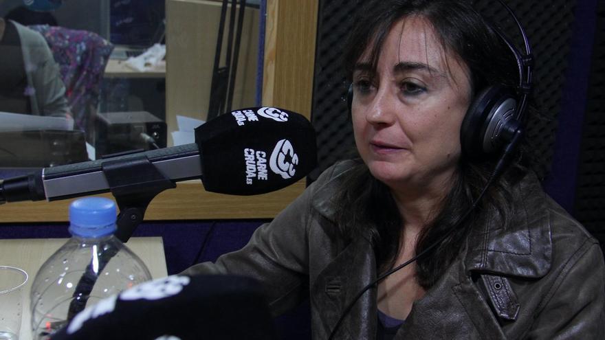 Elvira Navarro en Carne Cruda