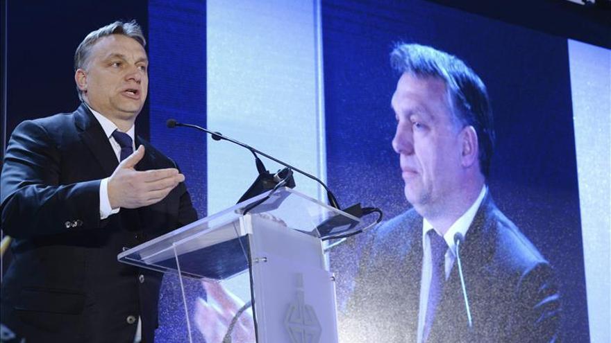 La pérdida de los dos tercios en el Parlamento, la primera alerta para Orbán