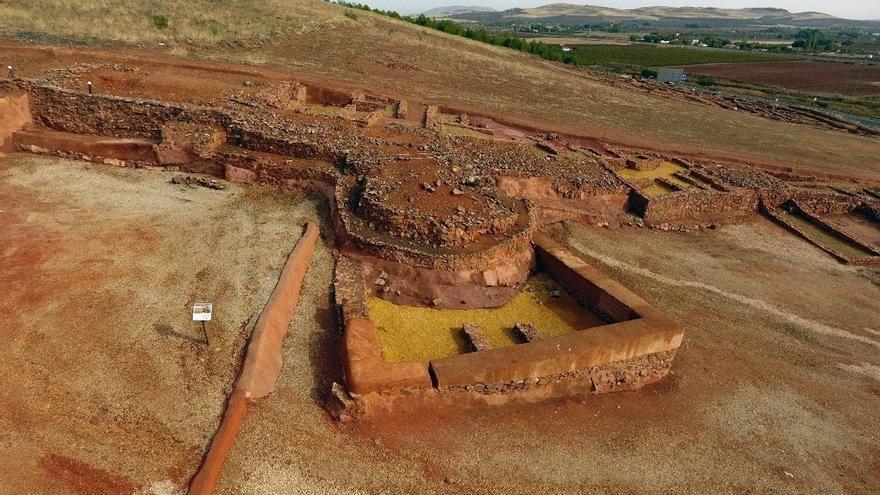 La acrópolis del Cerro de las Cabezas de Valdepeñas tuvo ocupación desde la época íbera a la contemporánea