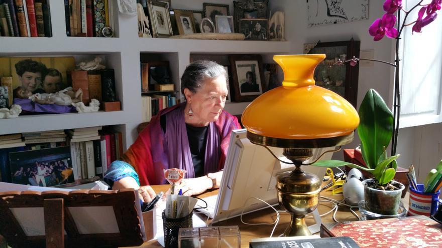Elsa López en su casa de Santa Cruz de La Palma. Foto: LUZ RODRÍGUEZ.