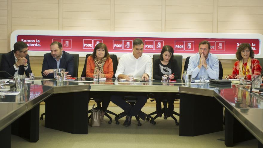 Pedro Sánchez preside la reunión de la Comisión Permanente del PSOE.