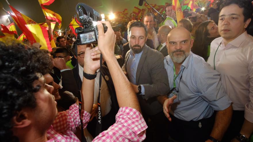 Santiago Abascal a su llegada al acto de celebración de las elecciones andaluzas.