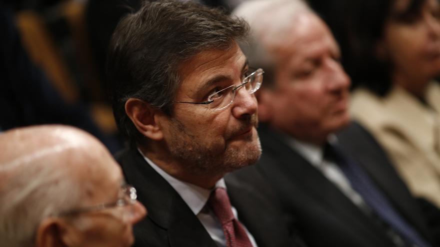 PSOE pedirá explicaciones por la asistencia de Catalá al cumpleaños de un condenado por fraude