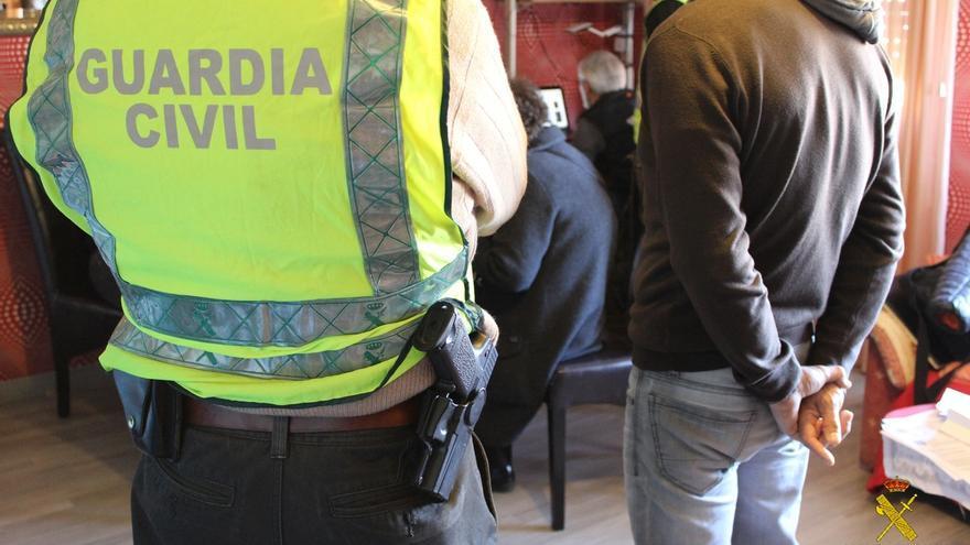 Detenidas en España 19 personas en una operación internacional contra la distribución de pornografía infantil
