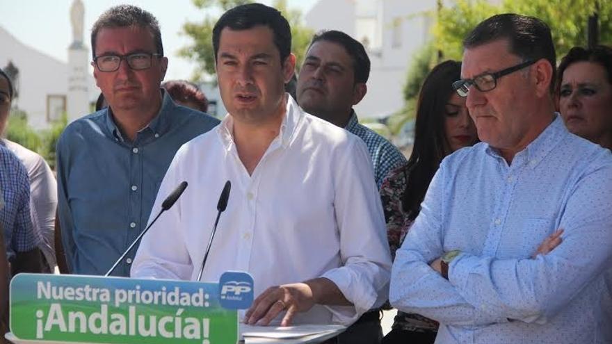 """Moreno tilda a Díaz de """"incoherente"""" porque en Madrid """"está en contra de frentes al PP"""" y en Andalucía """"los monta"""""""