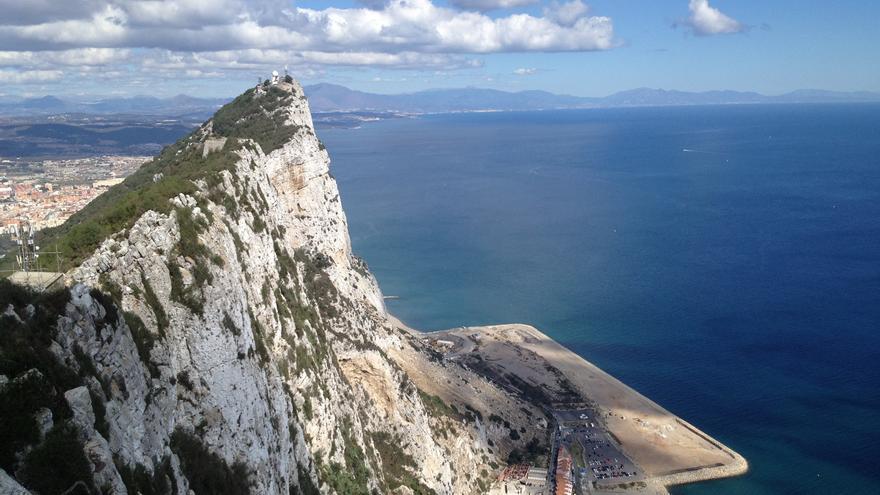 UE admite la denuncia de Verdemar contra el Peñón por los rellenos y el bunkering en LIC del Estrecho