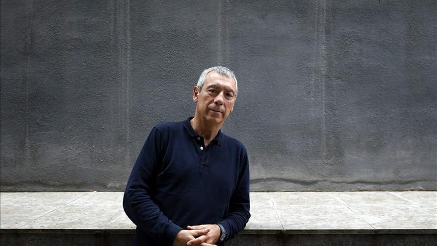 Miguel Pajares salta a la novela negra para denunciar la trata de mujeres
