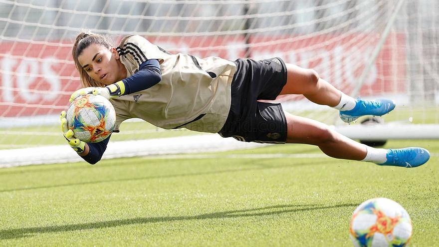 El Real Madrid apuesta por la grancanaria Misa Rodríguez para defender su portería