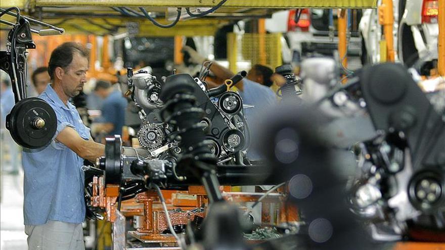 La economía de EE.UU. se contrajo un 0,7 por ciento en el primer trimestre del año