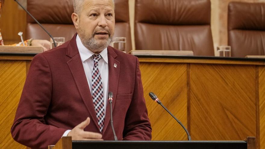 Javier Imbroda, consejero andaluz de Educación, interviene en el Parlamento.