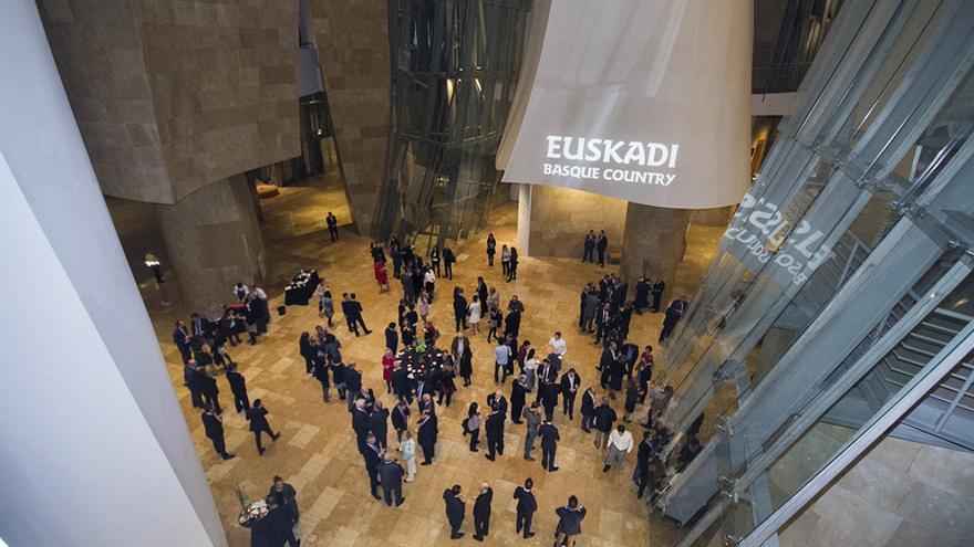La cumbre ha reunido a más de 175 representantes de más de 60 países de los cinco continentes.