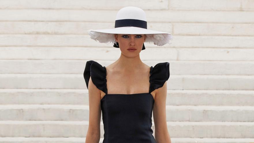 El viaje al impresionismo de Chanel en la Alta Costura de París