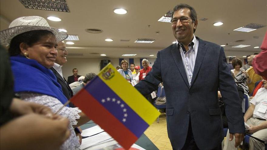 """El hermano mayor de Hugo Chávez cree en la """"reconstrucción de la mayoría chavista"""""""