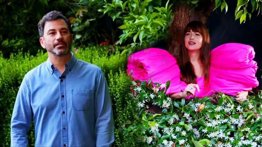 Jimmy Kimmel entrevista a Dakota Johnson