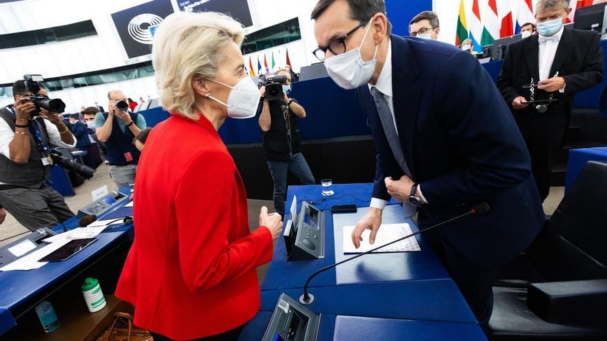 La presidenta de la Comisión Europea responde al órdago de Polonia: Iremos a los tribunales y condicionaremos los fondos