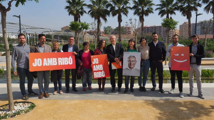 Joan Ribó en el comienzo de la campaña para las elecciones del 26 de mayo