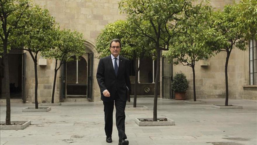 Cataluña eleva la carga fiscal en sus presupuestos para evitar más recortes