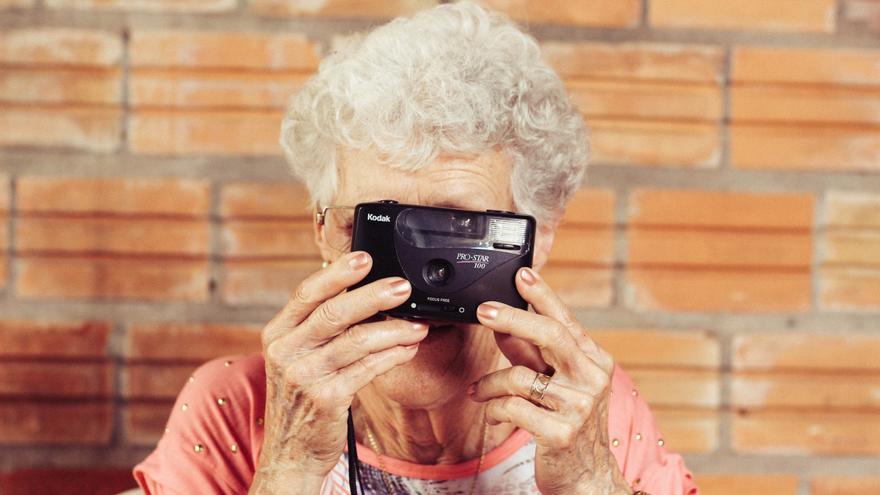 Las cámara compactas básicas, al borde de la desaparición