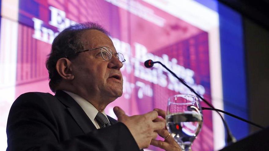 """El BCE, dispuesto a apoyar a bancos que reorganicen la actividad tras el """"brexit"""""""