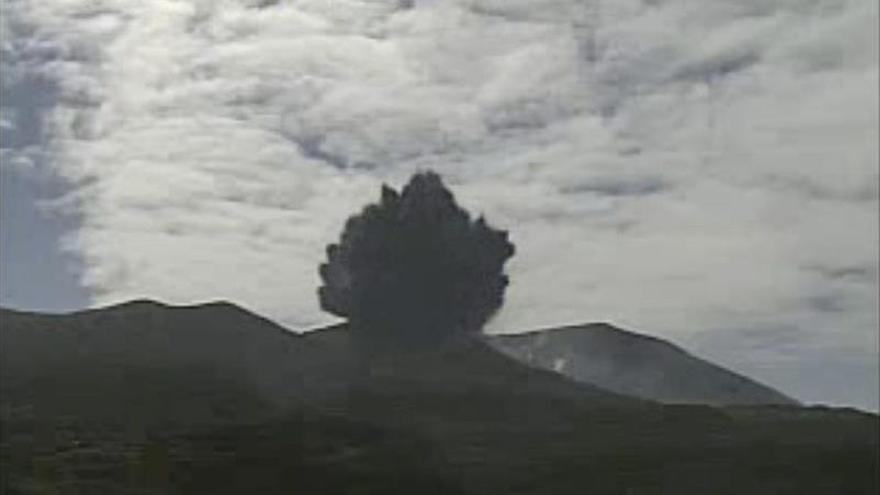 Dan por concluida la erupción del volcán japonés Shindake